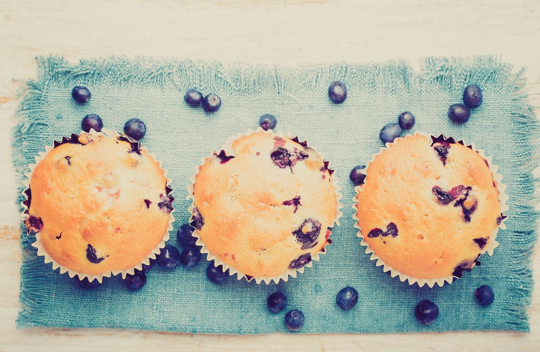 shutterstock_219632038 muffins 2